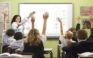 Казахстанские школьники могут разучиться грамотно говорить из-за трехъязычного обучения